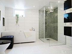 卫生间里面的镜子对着厕所门好吗